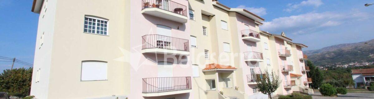 Apartamento T2 em Pinhanços