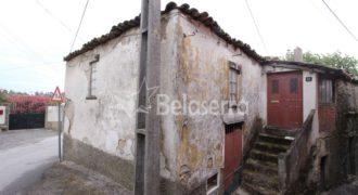 Casa de habitação em granito para recuperar em Pinhanços