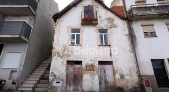 Casa de habitação em granito em Seia
