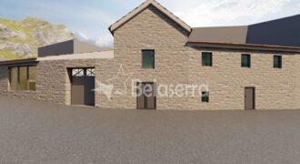 Casa de habitação para recuperar no Eirô